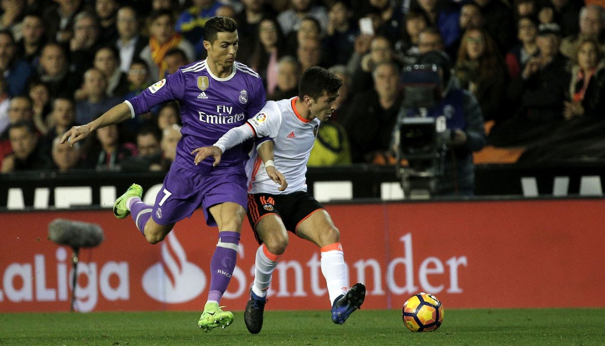 Real Madrid'e Valencia freni!