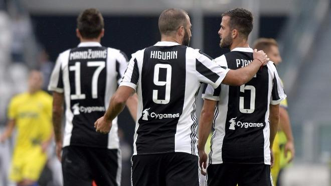 Juventus sıkmadı!