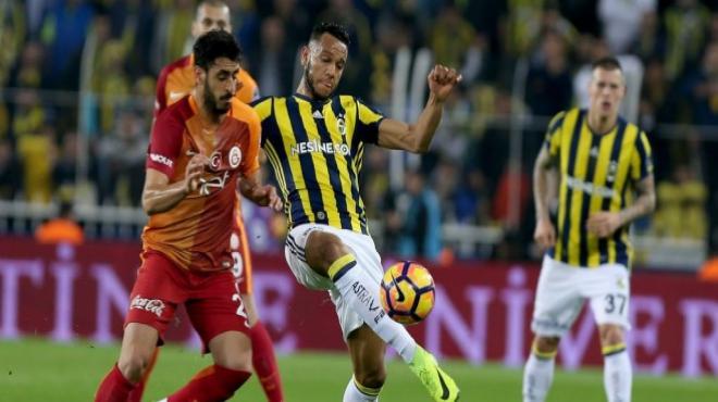 Galatasaray devre sonlarında, Fenerbahçe erken atıyor