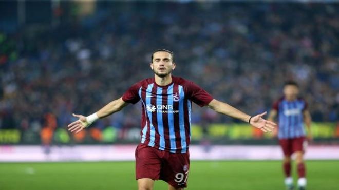 Yusuf Yazıcı gollerini Trabzon'da atıyor