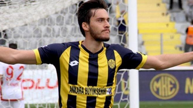 Ankaragücü'nde oynayan Umut Nayir'den dikkat çeken sözler!