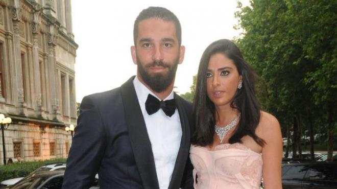 Arda Turan'ın eşi Aslıhan Doğan hakkında bomba iddia!