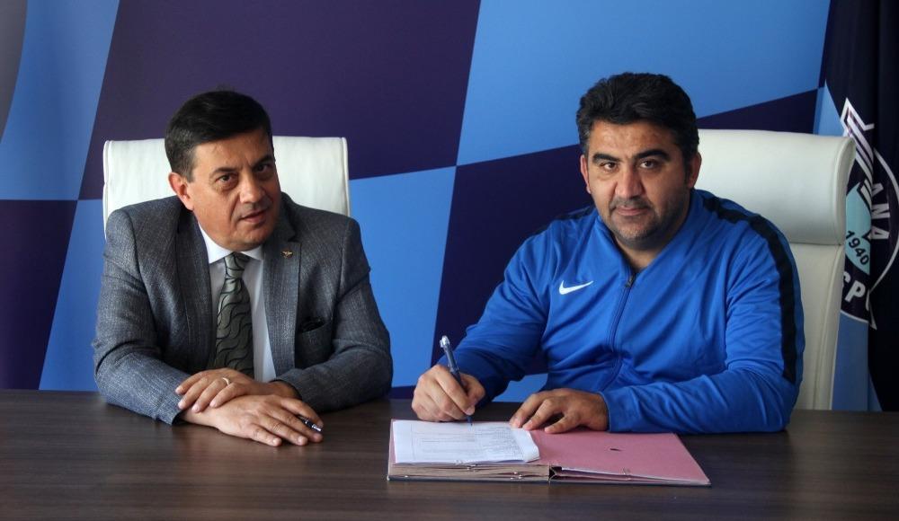Adana Demirspor, Ümit Özat'la sözleşme uzattı