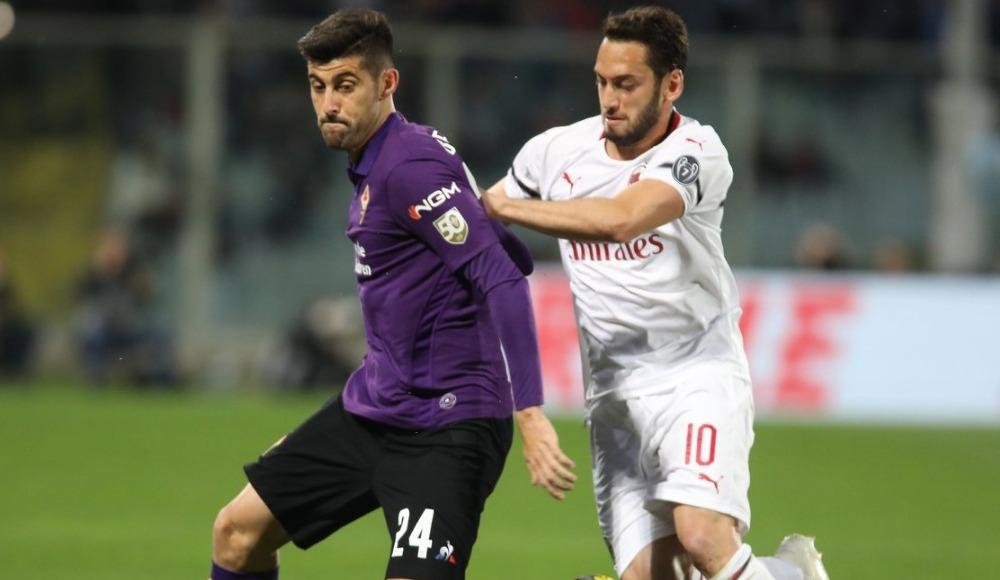 Hakan Çalhanoğlu attı AC Milan deplasmanda kazandı!