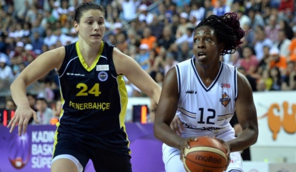 Fenerbahçe seride 2-1 öne geçti! 88-70