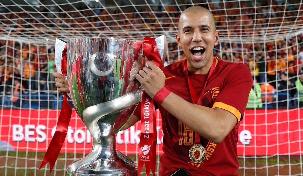 Feghouli ameliyat oldu! Galatasaray'dan açıklama...
