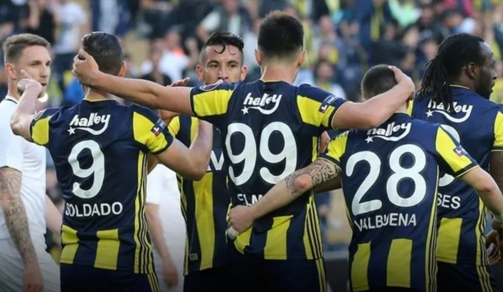 İşte Fenerbahçe'de bileti kesilen oyuncular!
