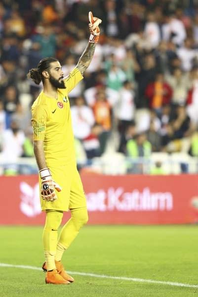 Final maçının en değerli oyuncusu Fatih Öztürk oldu