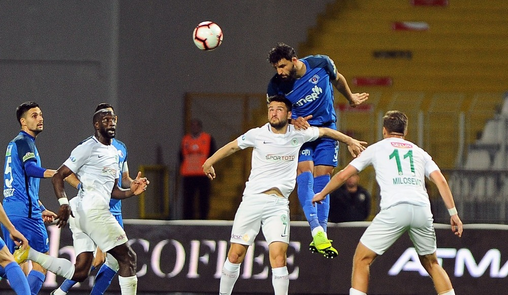 Konyasporlu futbolcular Kasımpaşa maçını değerlendirdi