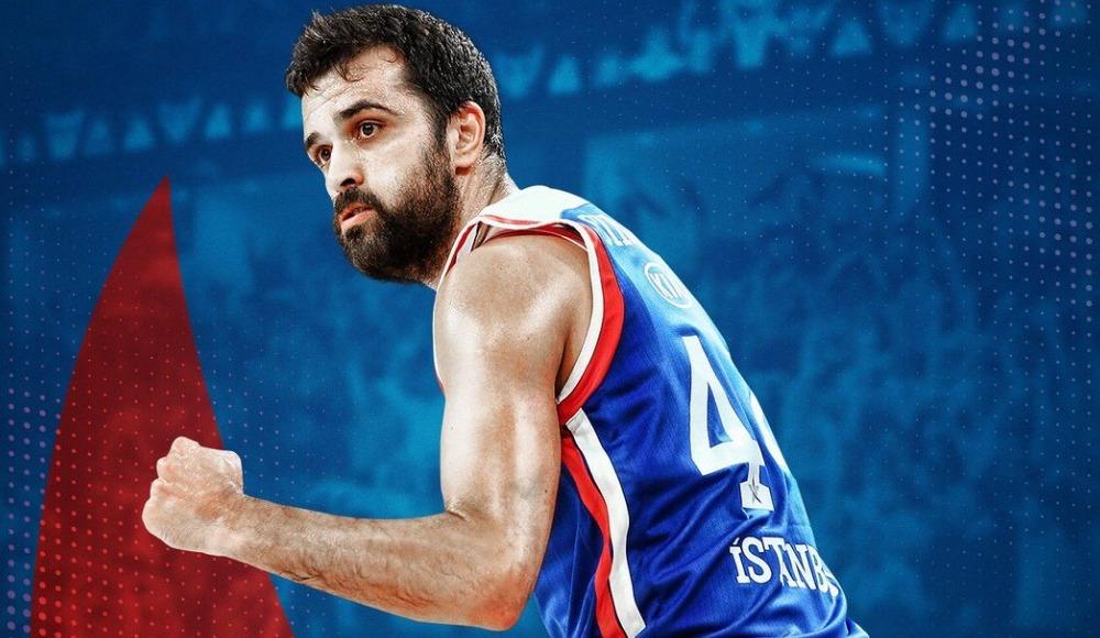"""Simon: """"Anadolu Efes'le şampiyon olduğum için mutluyum"""""""