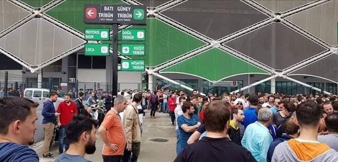Şampiyonluk maçı biletlerine yoğun ilgi