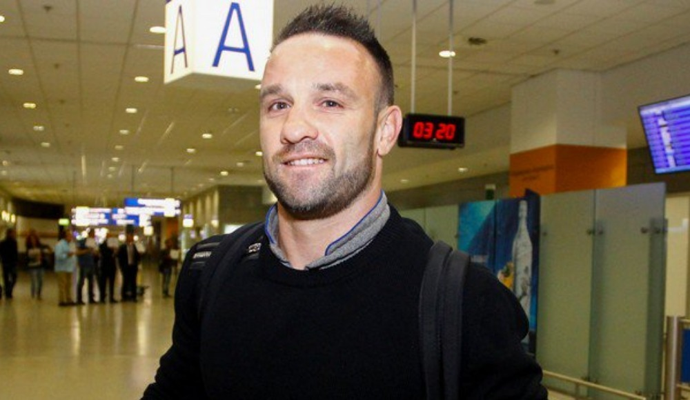 Valbuena imza için Atina'da: 'Çok mutlu ve heyecanlıyım'
