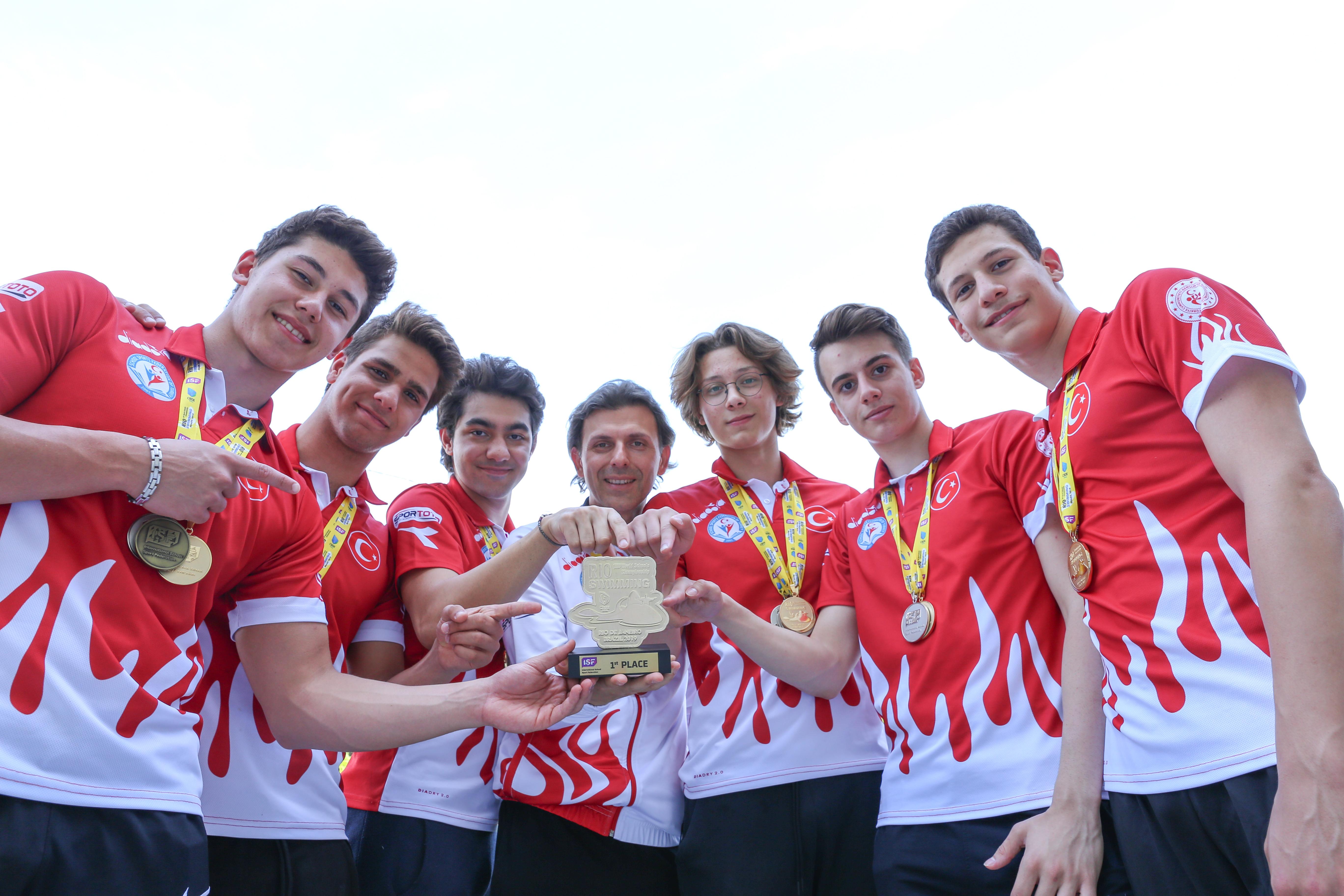 Modafen Rio de Janeiro'da 2'si altın 11 madalyayla şov yaptı