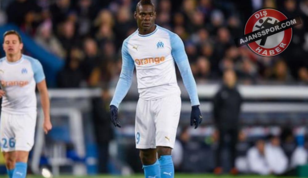 Mario Balotelli'ye şok! 4 maç ceza...