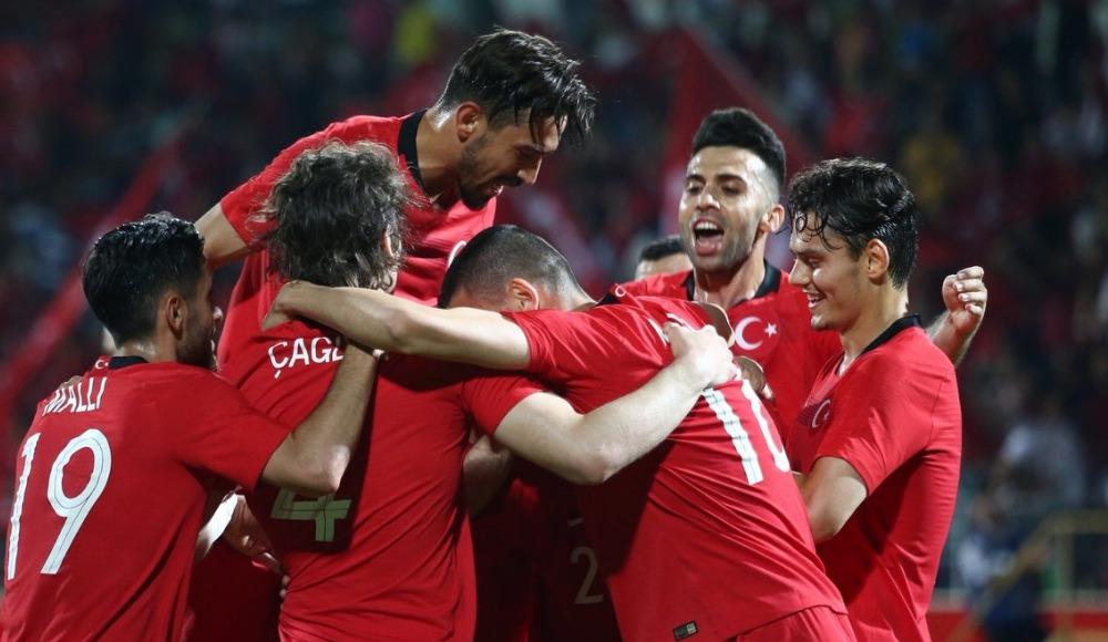 A Milli Futbol Takımı, Özbekistan'ı Zeki'nin golleriyle 2-0 mağlup etti