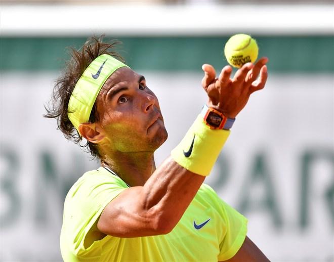 Nadal, Federer ve Stephens tur atladı