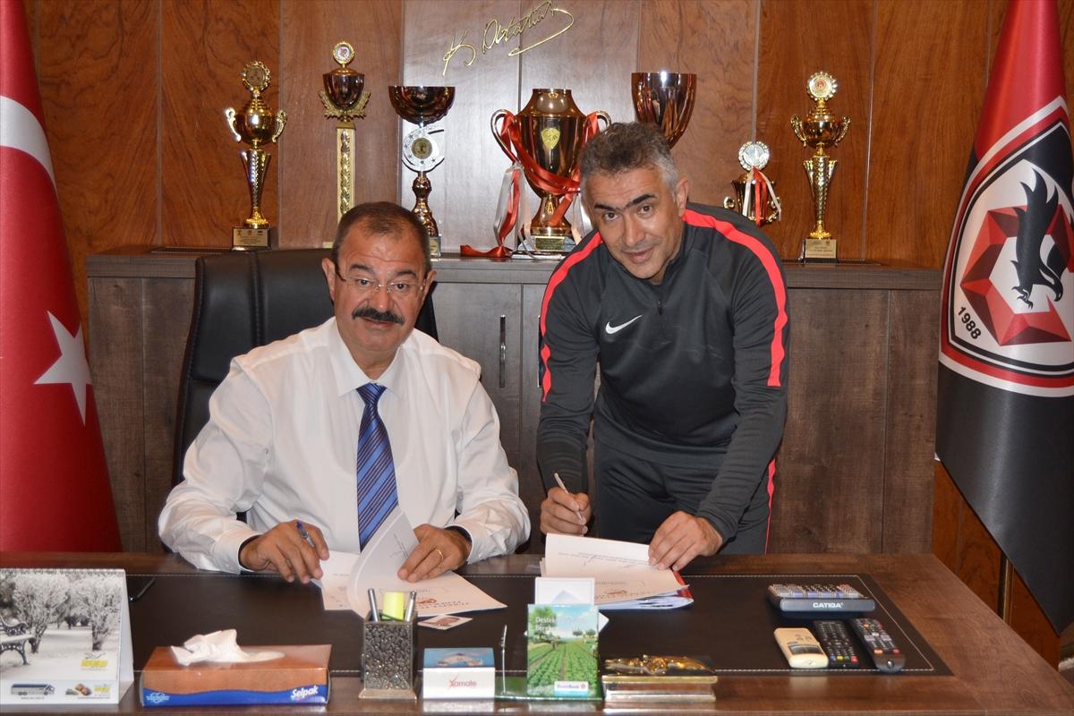 Mehmet Altıparmak, Gazişehir'de kalacak mı?