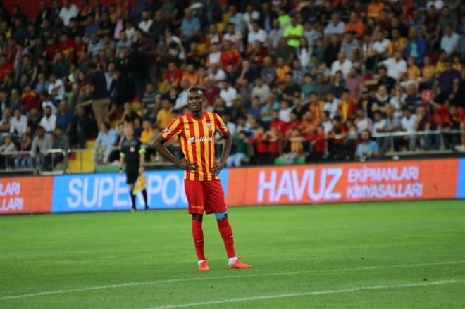 Galatasaray'ın Mensah için yapacağı teklif belli oldu