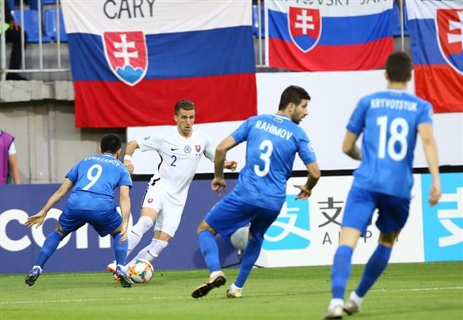 Slovakya, Azerbaycan deplasmanında farklı kazandı! 1-5