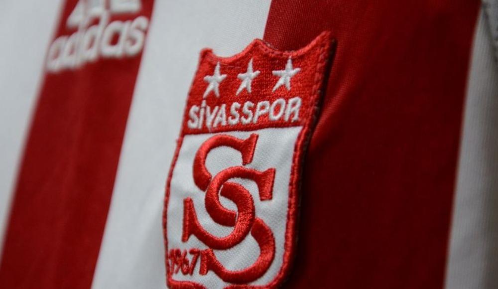 Sivasspor'dan resmi transfer açıklaması! Emre Kılınç, Douglas...