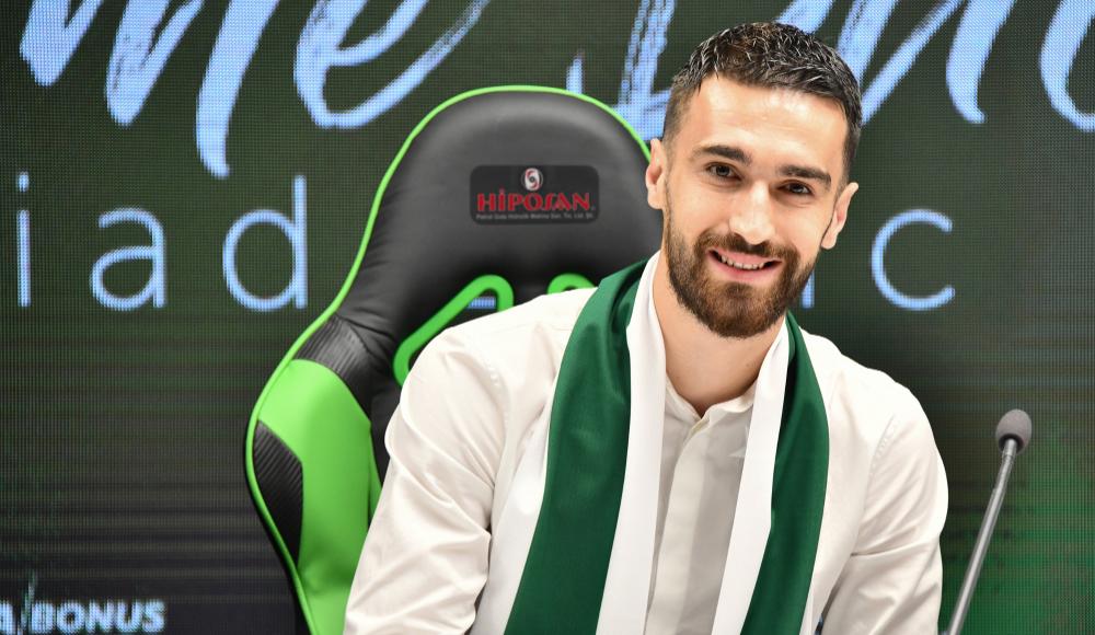 Konyaspor, Riad Bajic transferini açıkladı.