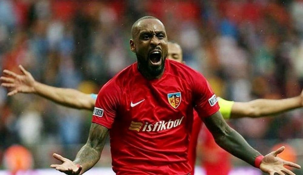 Beşiktaş'ta stoper transferi tamam!