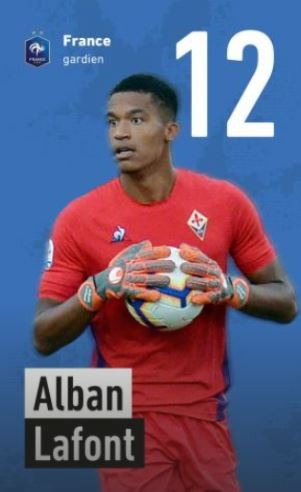 12 - Alban Lafont