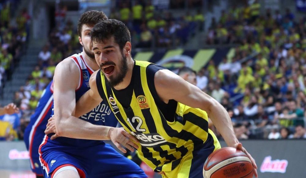 Anadolu Efes Fenerbahçe Beko maçının eksik ve cezalı oyuncuları kimler?