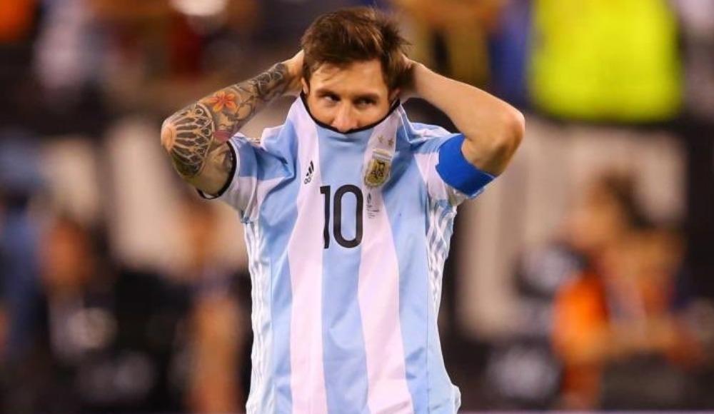 Arjantin mağlubiyetle başladı!