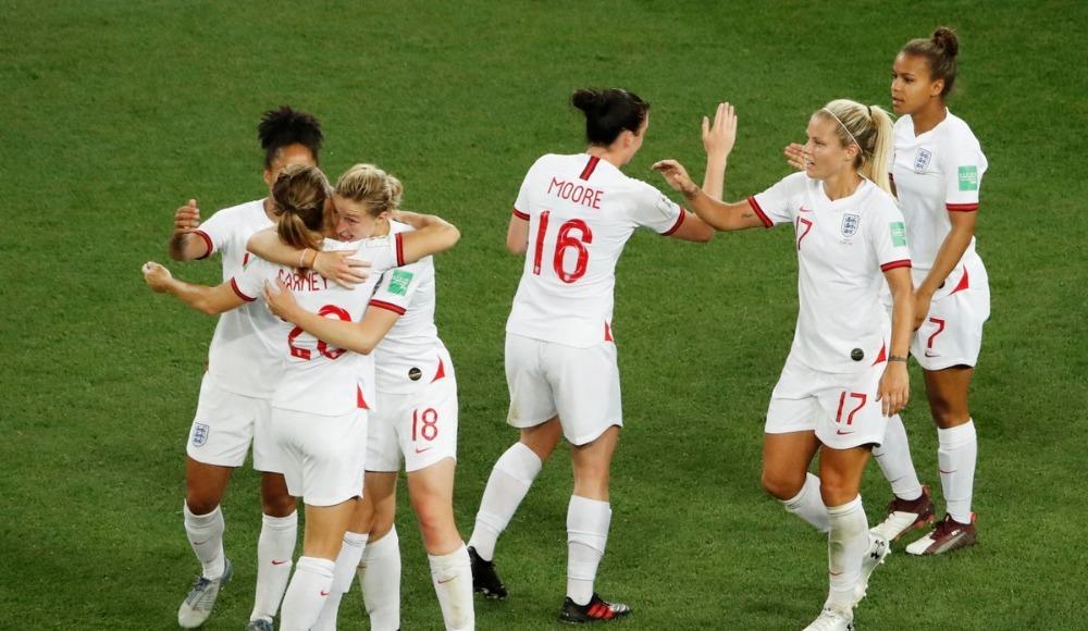 İngiltere ve Japonya, son 16 turuna yükseldi