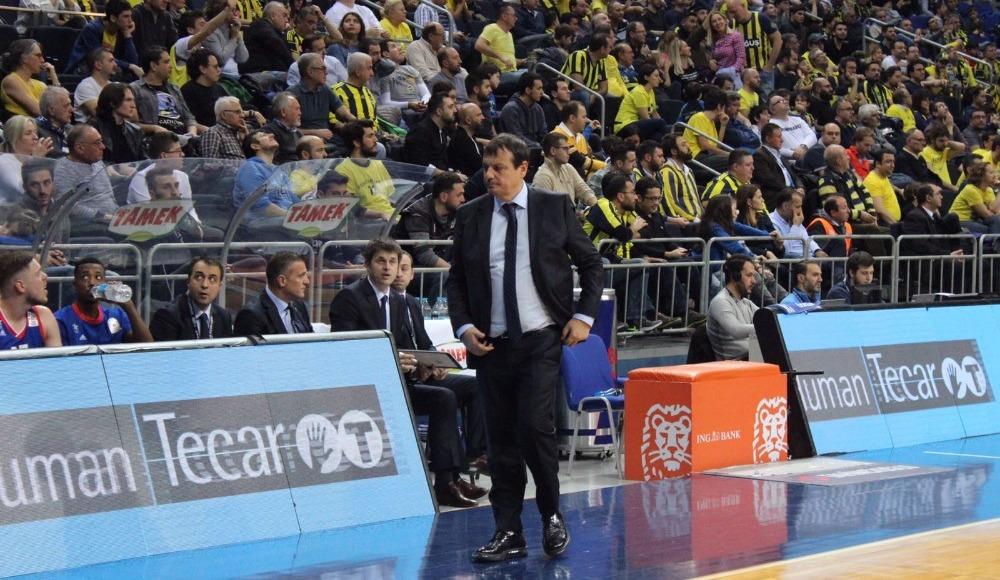 Fenerbahçe'ye basketbolda ceza
