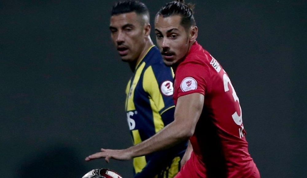 Resmi açıklama geldi! Fenerbahçe'ye gidiyor