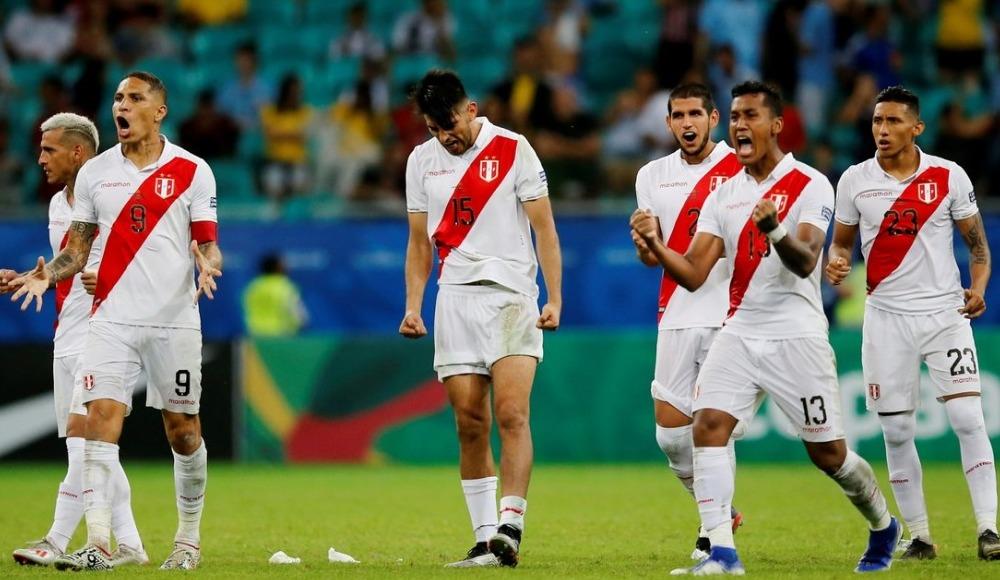 Peru yarı finalde