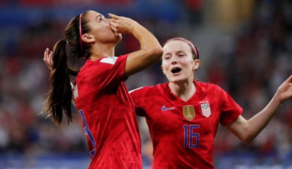 ABD-İngiltere maçında Alex Morgan sevinciyle İngilizleri sinirlendirdi!