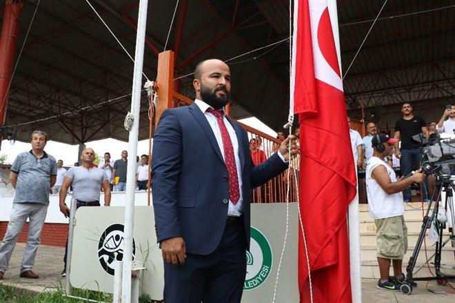 Kırkpınar'ın açılış töreninde 'ıslıklama' krizi