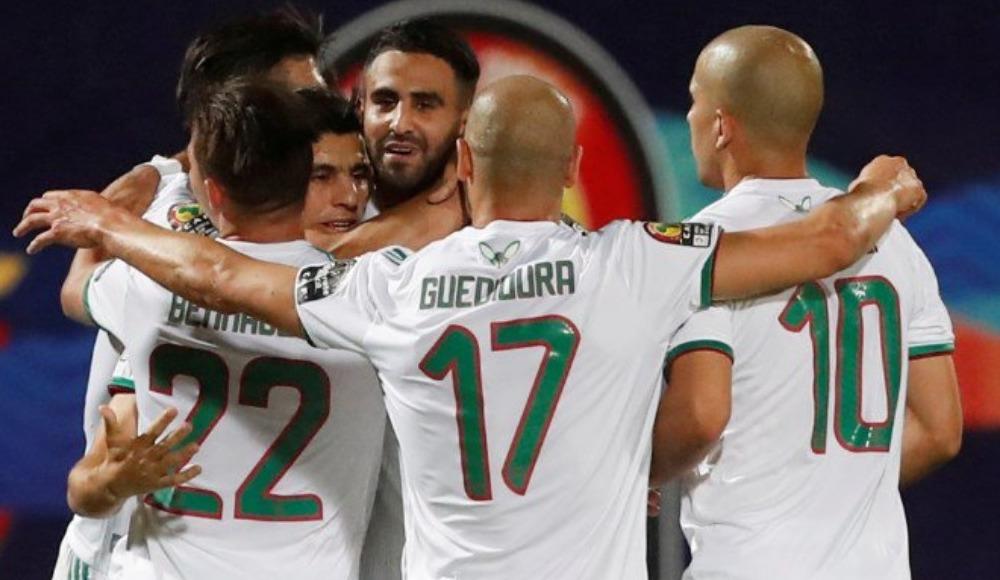 Cezayir rahat turladı