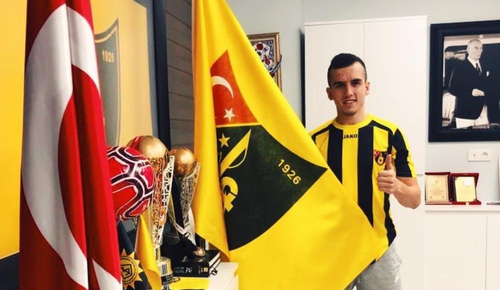 İstanbulspor, Kağan Miray Bağış'ı transfer etti