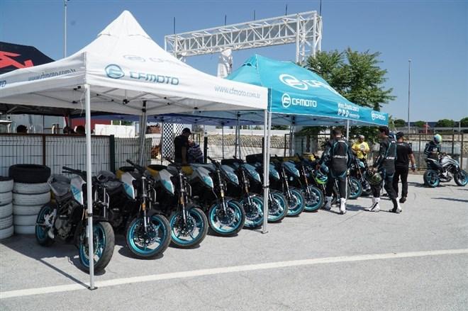 Geleceğin motosiklet yarışçıları Uşak'ta belirlenecek
