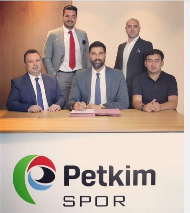 Arda Vekiloğlu, Petkim Spor'da imzayı attı