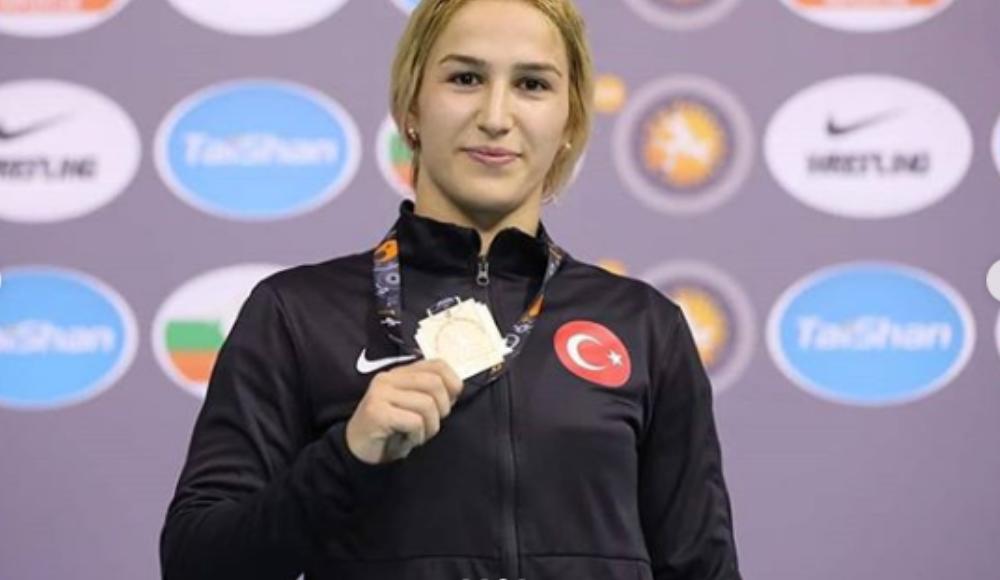 Buse Tosun altın madalya kazandı