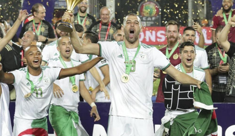 Cezayir'de, Slimani ile takım arkadaşları arasında tartışma çıktı