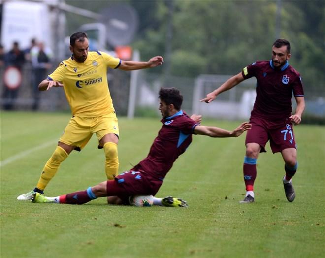 Trabzonspor - Verona maçında kazanan çıkmadı! 1-1