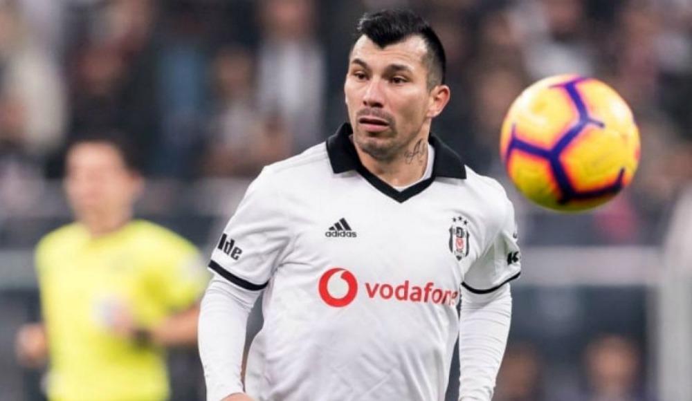 Medel'den Beşiktaş camiasına veda mesajı