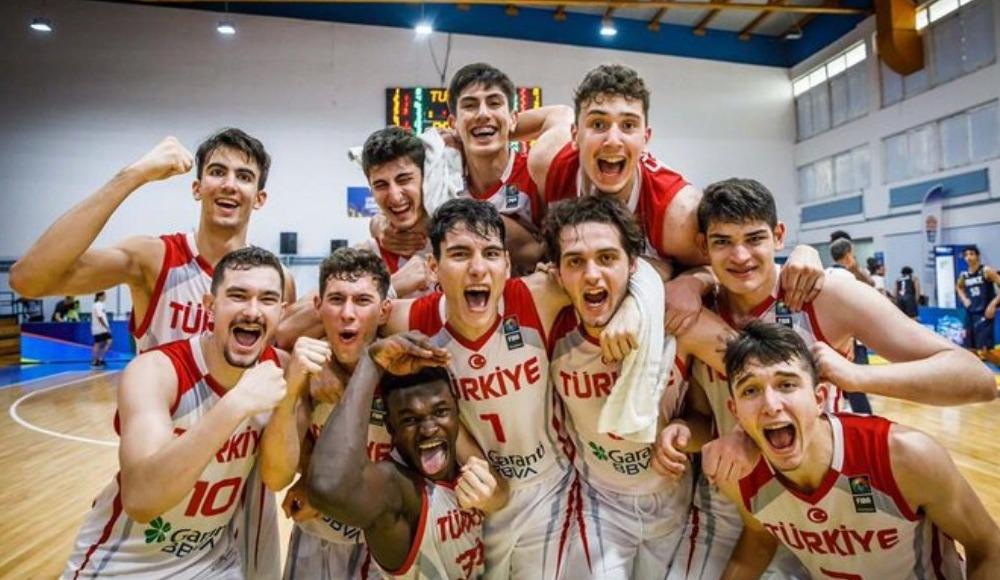 Türkiye U18 Basketbol Takımı finalde!