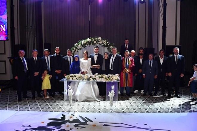 Trabzonsporlu Uğurcan Çakır dünya evine girdi