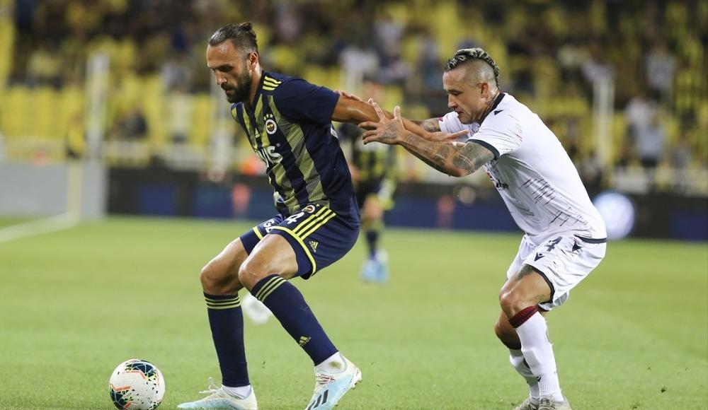 Fenerbahçe, hazırlık maçında Cagliari ile 2-2 berabere kaldı