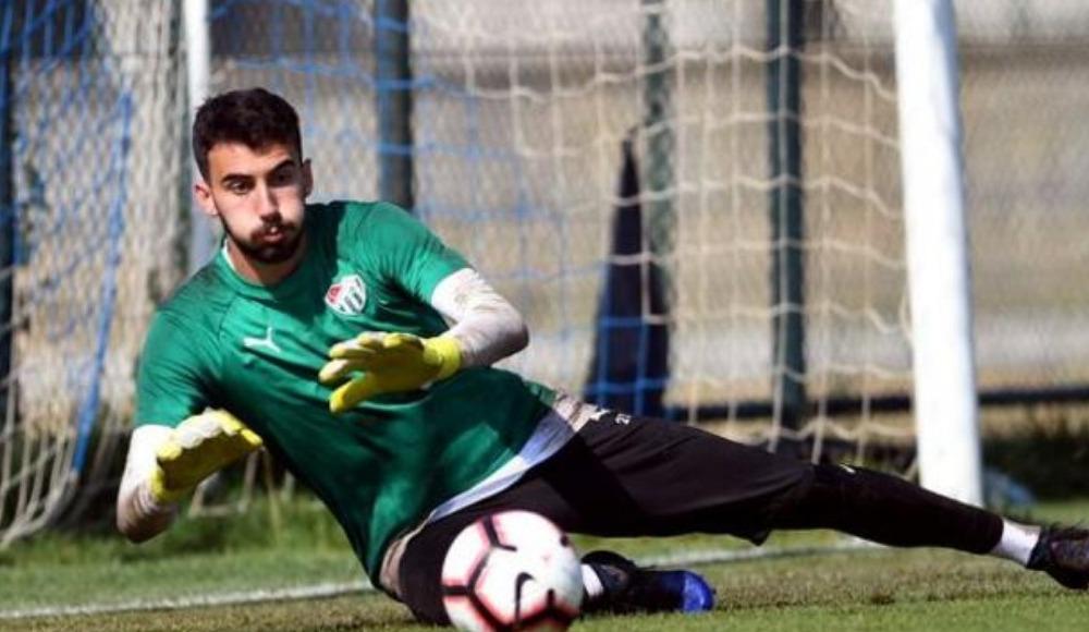 Muhammed Şengezer Başakşehir'e, Çağlar Şahin Bursaspor'a...