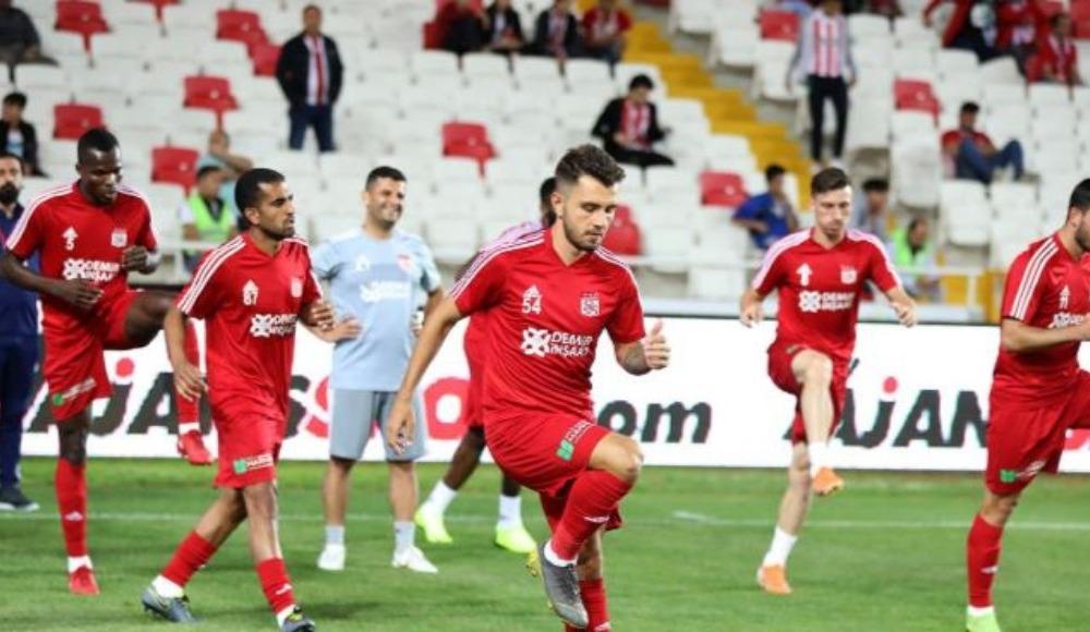 Sivasspor'da 6 yeni isim sahada