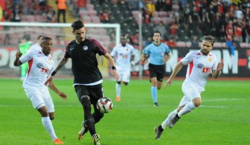 Eskişehirspor, sahasında Keçiörengücü ile berabere kaldı