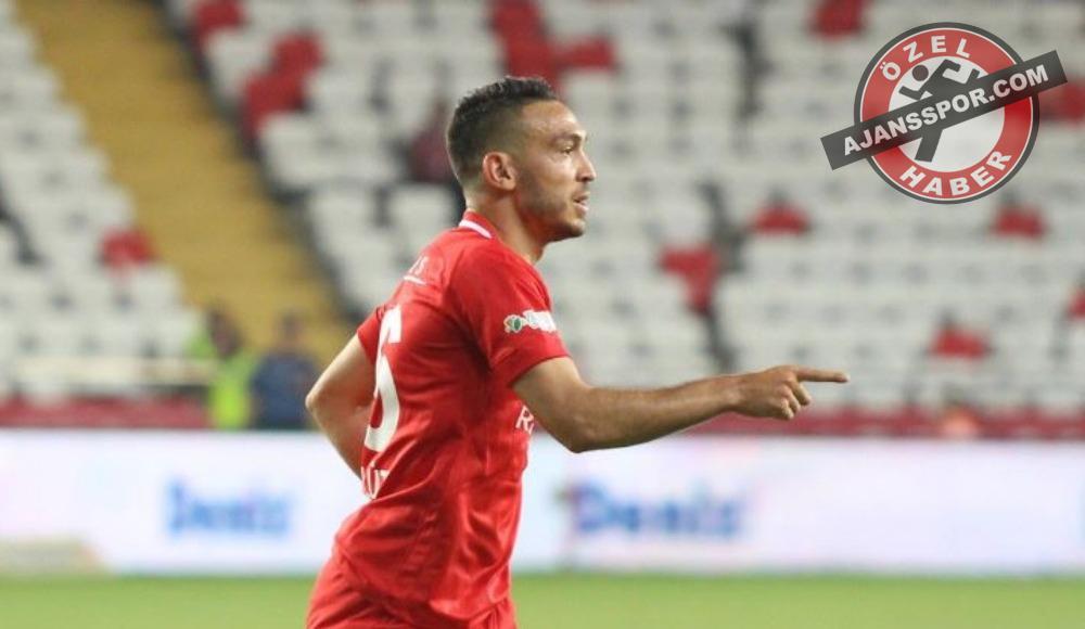 Konyaspor'dan transferde Mevlüt açıklaması!
